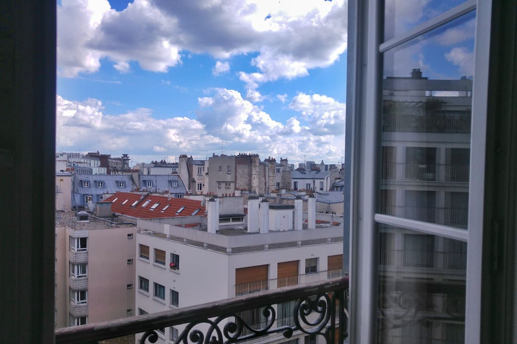 Charmant studio pr s de bastille appartements louer for Fenetre bastille