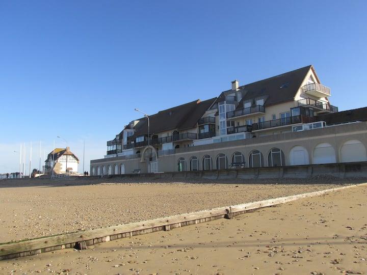 appartement front de mer avec balcon plein sud