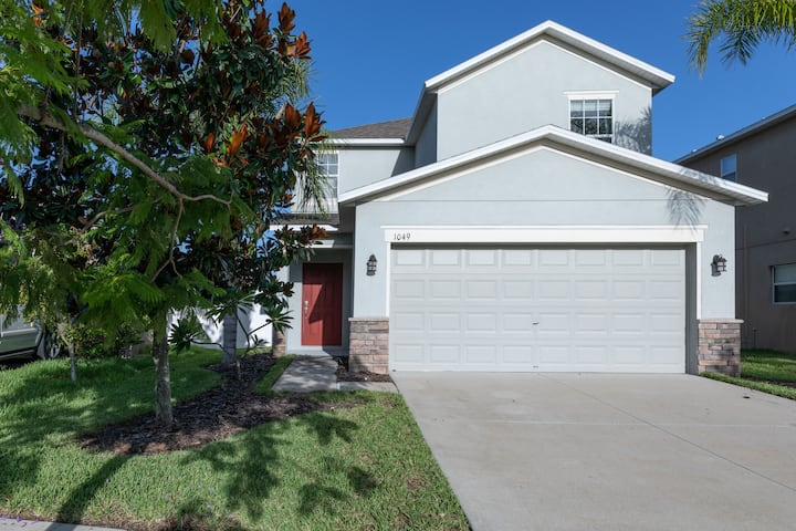 Gorgeous 3BR House just minutes from Beach