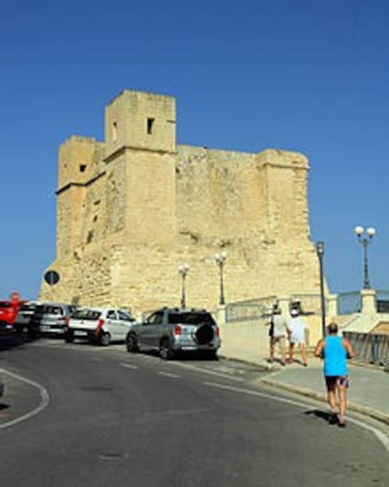 Wignacourt tower 2 km