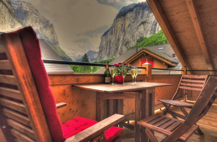 Luxury Penthouse. Spectacular Views - Lauterbrunnen - Apartamento
