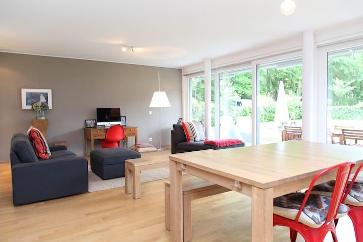 Appartement moderne avec jardin - Veyrier