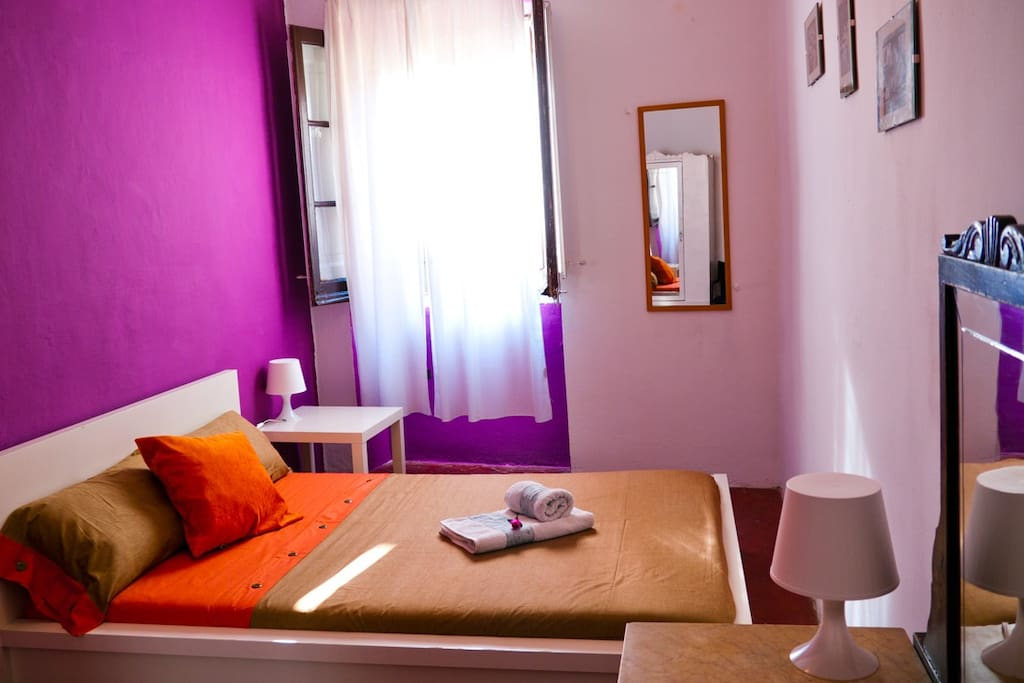 Beautiful room in the heart of Bcn