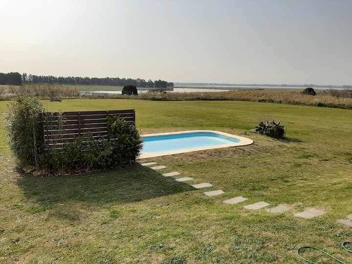 Casa de Campo con espacios recreativos