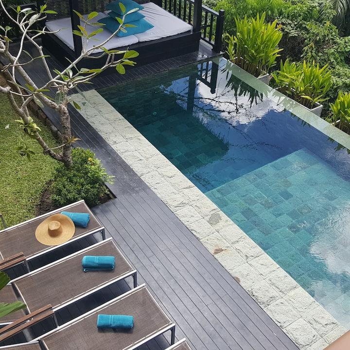 Villa Nakhale - Tropical Contemporary Thai style