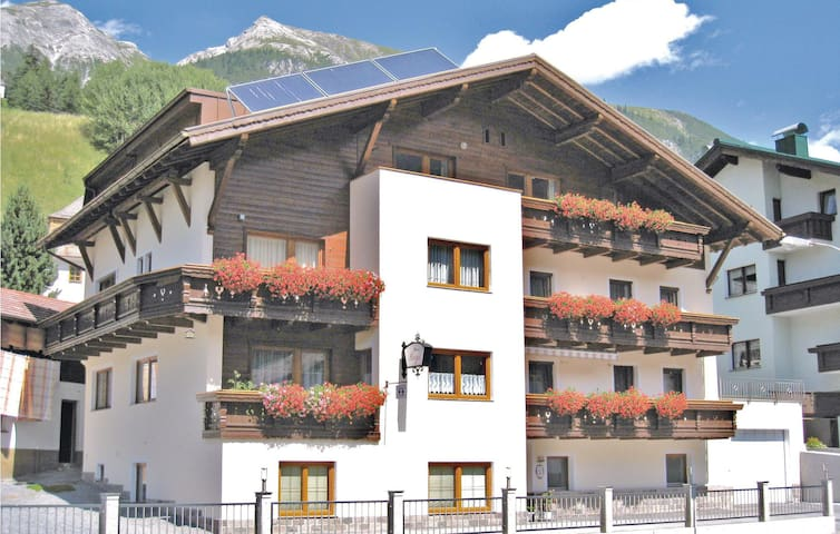Holiday apartment with 2 bedrooms on 50m² in Pettneu am Arlberg
