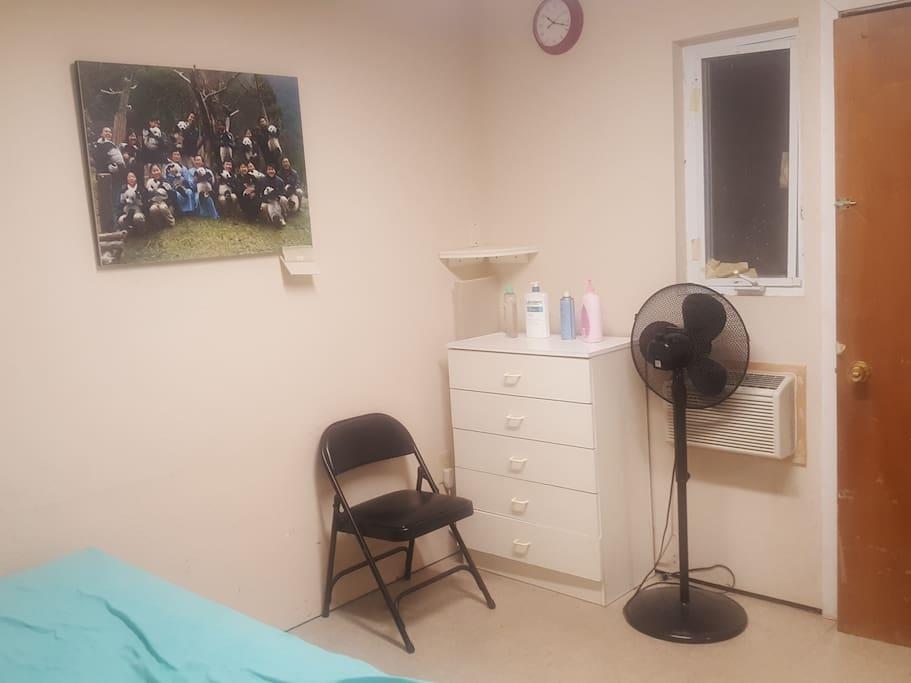 Single Room 101