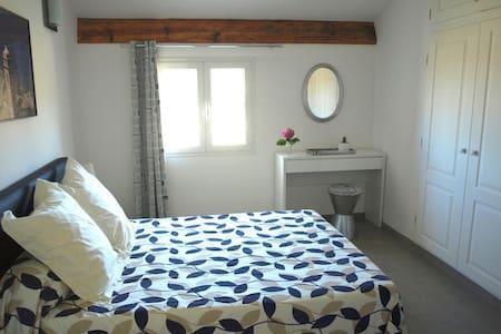 Chambres d'hôtes Macinaghju / Sole - Bed & Breakfast