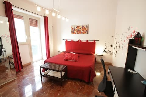 Modern comfy flat in central area