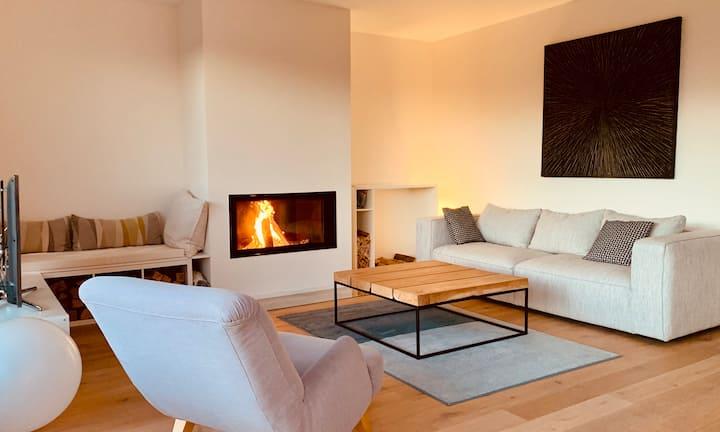 Penthouse moderne avec splendide vue Lac & Alpes