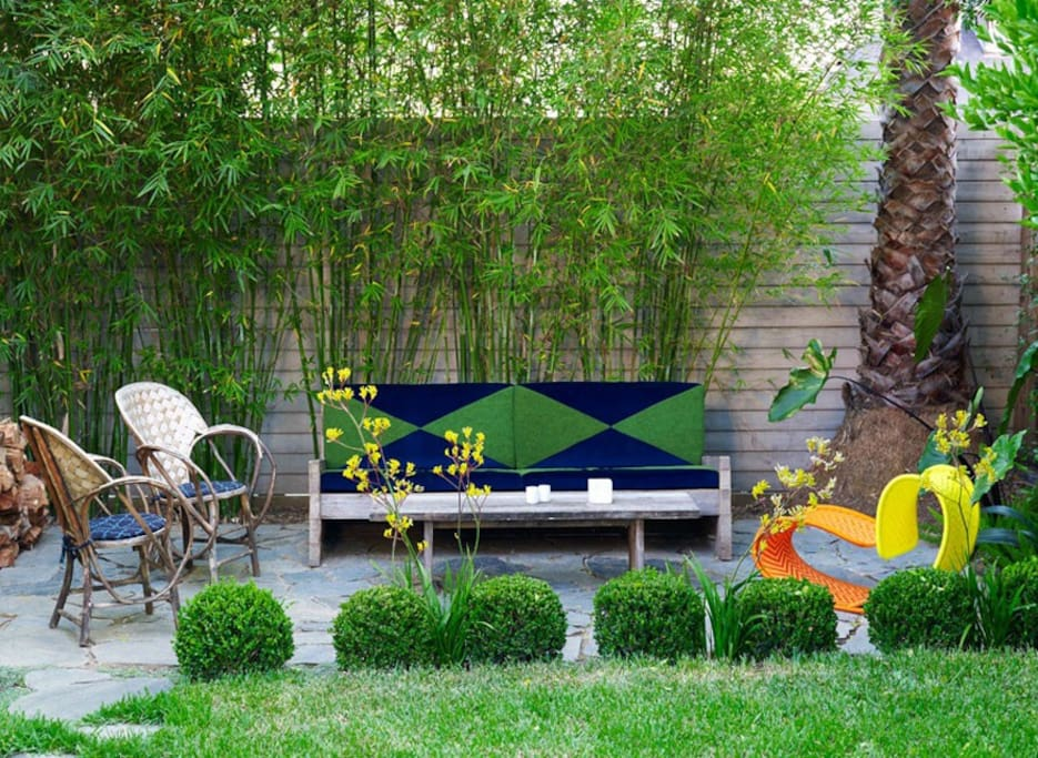 nice outdoor seating areas