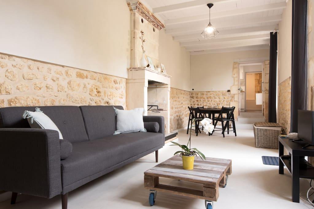 maison 50 m dans propri t du 18e avec piscine case in affitto a pont l 39 abb d 39 arnoult. Black Bedroom Furniture Sets. Home Design Ideas