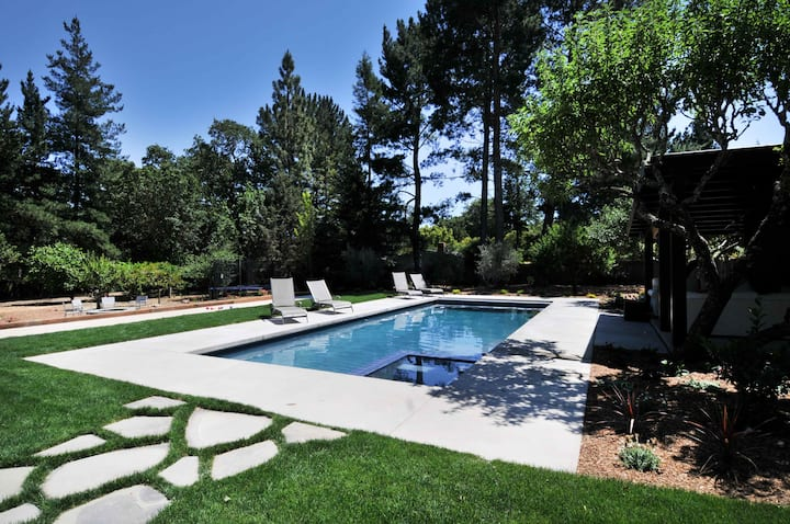 Amazing grounds, pool, spa, & more