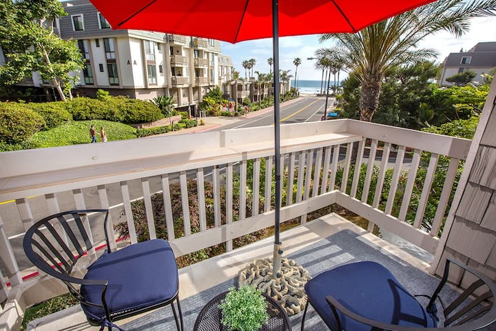 Nice Direct Ocean View- Sun all Year -