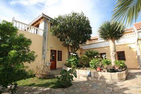 Casa Rural Finca Susanna - La Esperanza