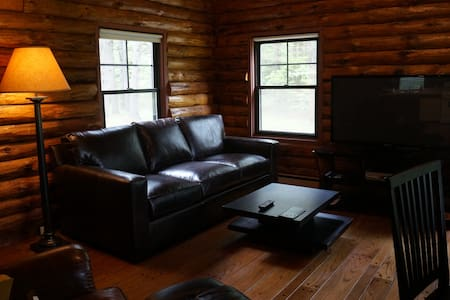 Room type: Entire home/apt Property type: Cabin Accommodates: 6 Bedrooms: 2 Bathrooms: 2