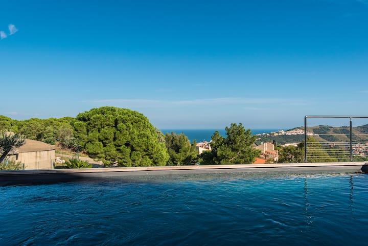 Grande villa avec vue mer et montagne