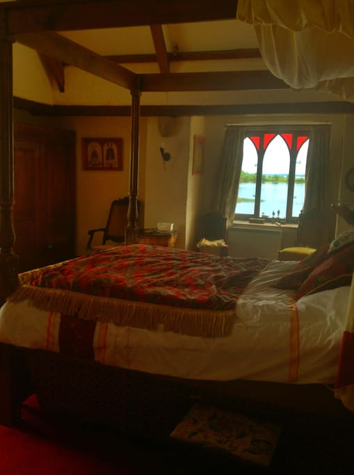 Main Bedroom with Four-Poster bed.
