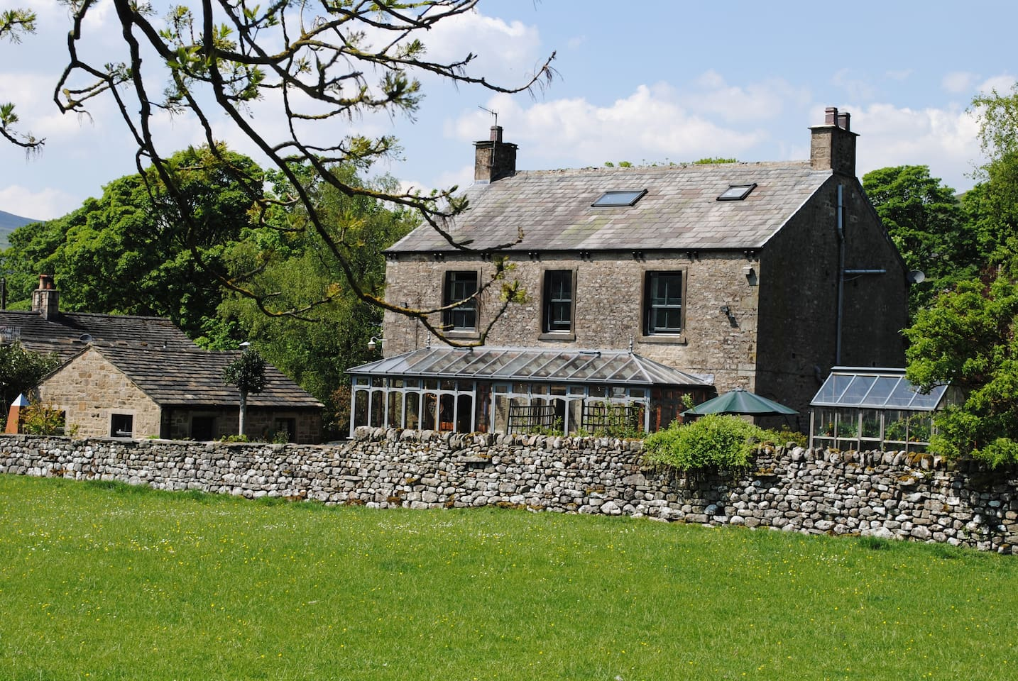 Langcliffe House B&B from the Dales Way