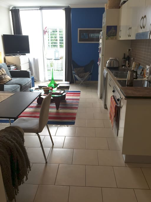 Full servicing kitchen and nicely furnished.