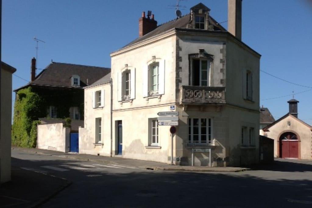 2 chambres dans maison bourgeoise maisons louer ch teau gontier pays de la loire france - Chambre d hote chateau gontier ...