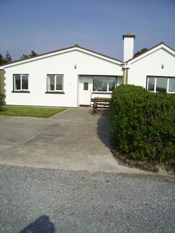 ' Beachside Cottage ' Wine Strand . - Kerry - Hus