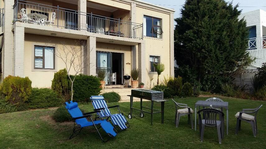 Villa Tante Ralie - Yzerfontein - Apartmen