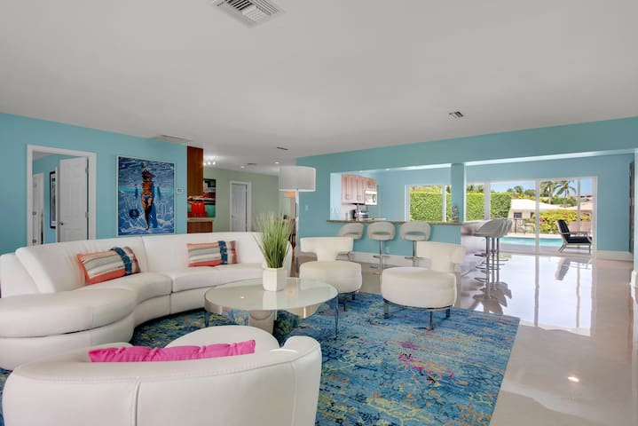*Delray Luxury Pool Home on the Water!  Top Rated*