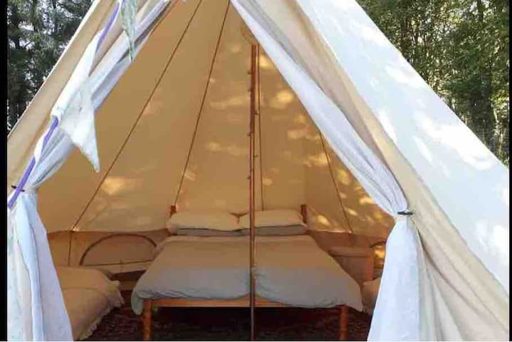 Pabell Cwm. 5m tent, beautiful, scenic & private