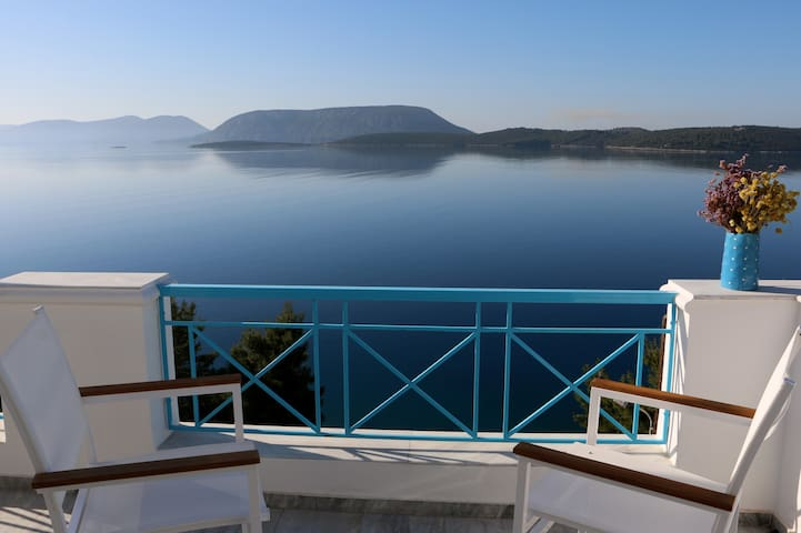 Beautiful Apartment with amazing views - Ermioni - Byt