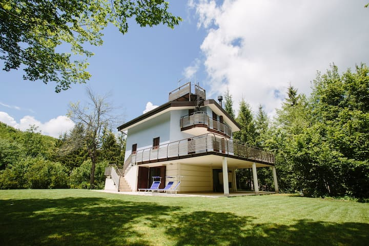 Villa in the mountains near Rimini - Villagrande di Montecoppiolo