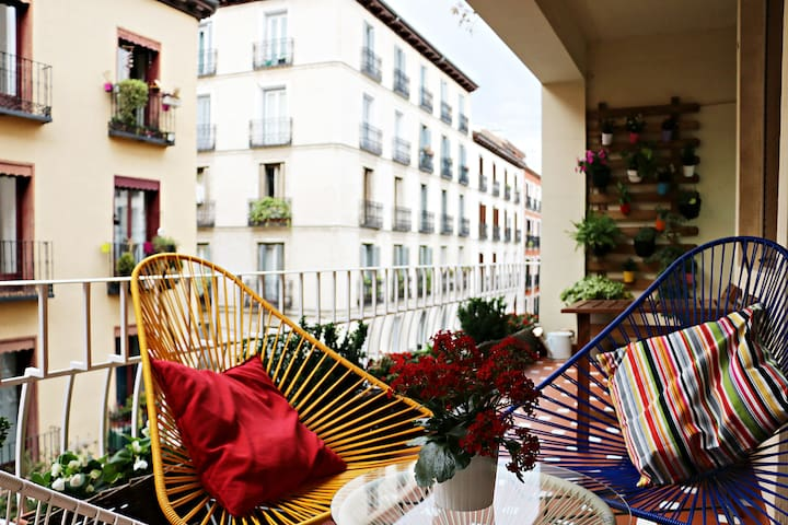 Love Gravina: Luxury Apartment in Chueca