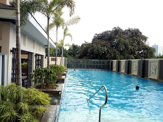 Best Location-20mbps wifi-Best GYMandPool in town