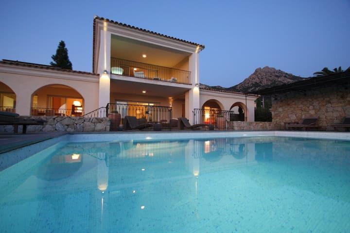 villa with great views on Calvi