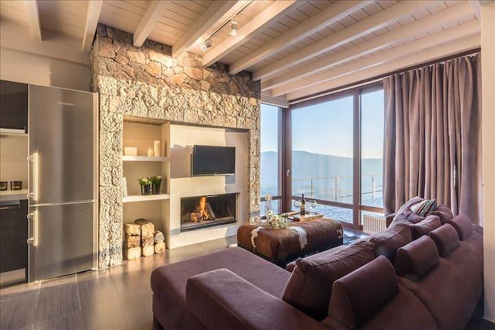 White Hills luxury Villa C - Arachova - Villa