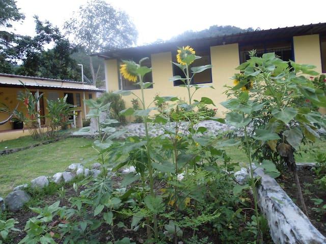 Casa Conrado Guesthouse B&B - San Jose de Ocoa - Bed & Breakfast