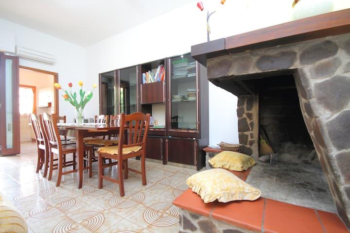 appartamento in villa frontemare