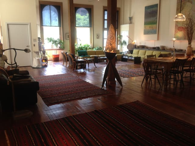 SPECTACULAR PENTHOUSE LOFT-PARKING - Philadelphia - Apartment