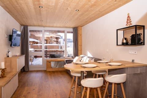 Brand New 28m Studio in Val Claret center