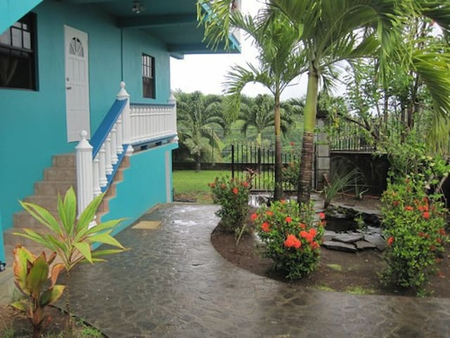 Harmony Hall Resorts,St.Vincent 2bd-Starfish Apt. - St Vincent - Apartment