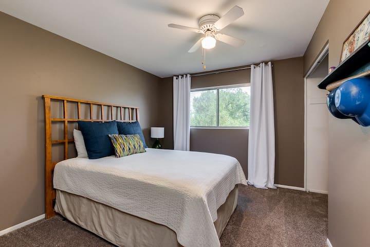 Guest bedroom with new Queen pillow top bed