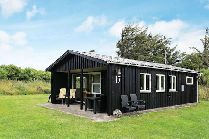 Lovely Holiday Home in Lønstrup near Sea