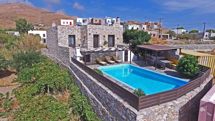 Villa Camellia's sea view apartment