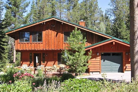airbnb top 20 olympic valley vacation cabin rentals and