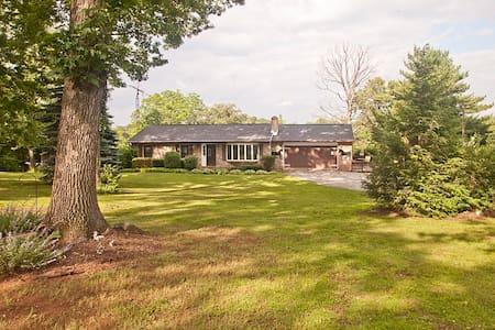 Fine Art House (York/Harrisburg) - Dover