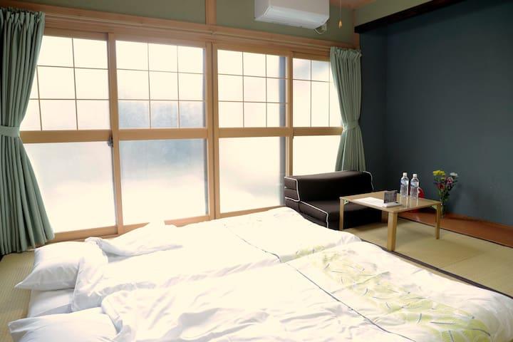 百年梅子树下的房屋:梅の屋榻榻米双人间