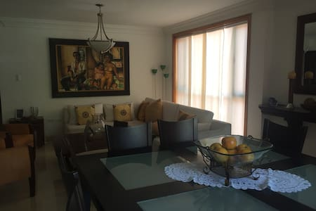 Spectacular 3 bedrooms apartment - Lakás