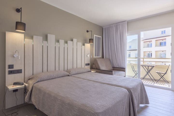 Beautiful family Studio Apartment in Santa Eulalia - Santa Eulària des Riu