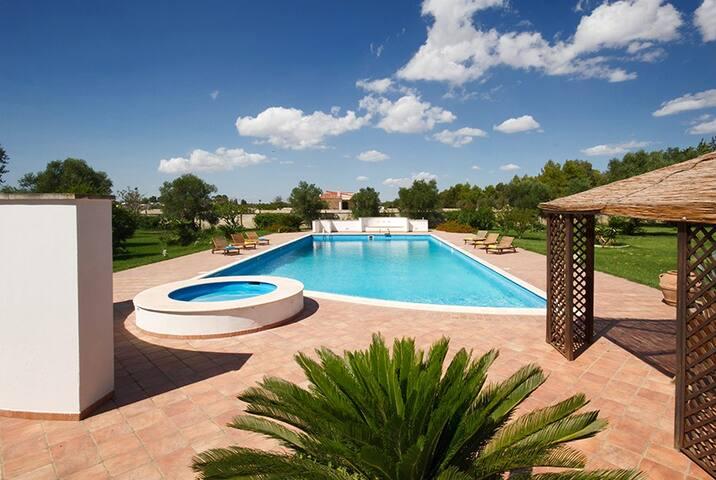 140 Villa with Pool in Lecce - Lecce - Willa