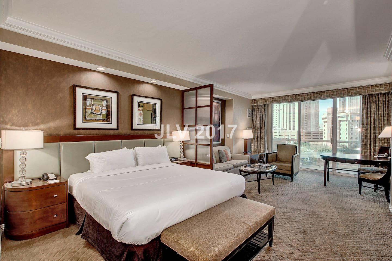 signature mgm 2 bedroom 3 bath suite strip view condominiums
